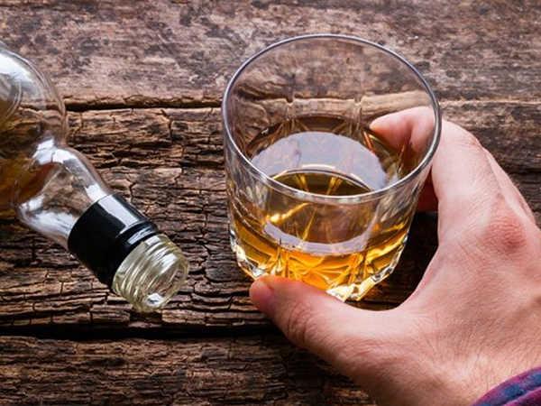 Mơ thấy uống rượu đánh con lô nào chuẩn nhất, điềm báo gì?