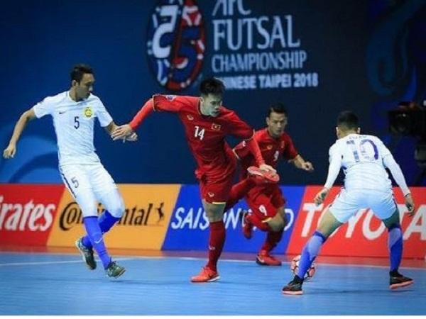Một đội bóng Futsal có bao nhiêu người?